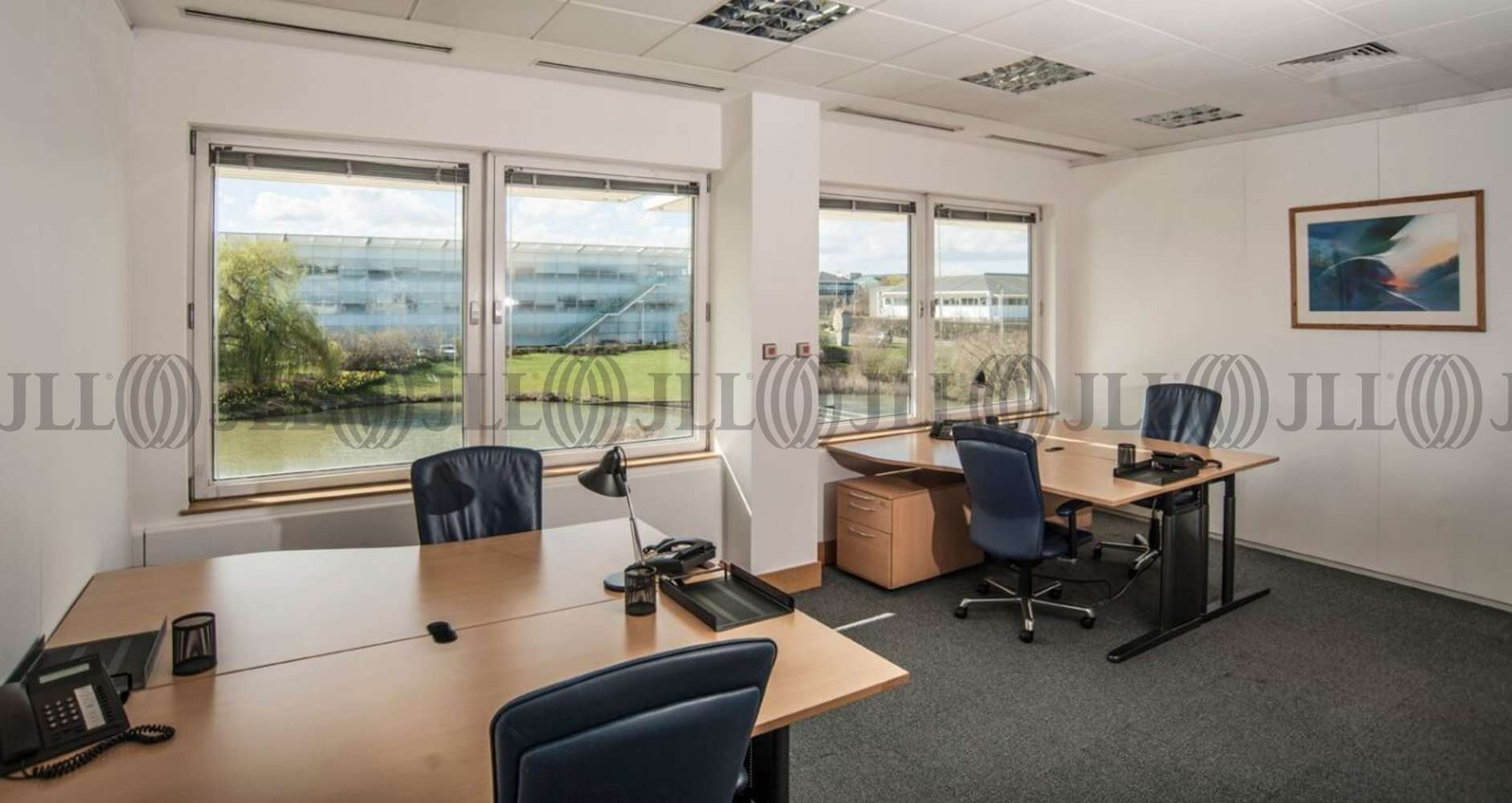 Serviced office Heathrow, UB11 1HU - Lakeside House - 4