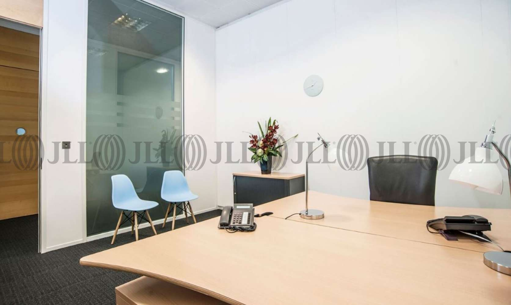 Serviced office Heathrow, UB11 1HU - Lakeside House - 3