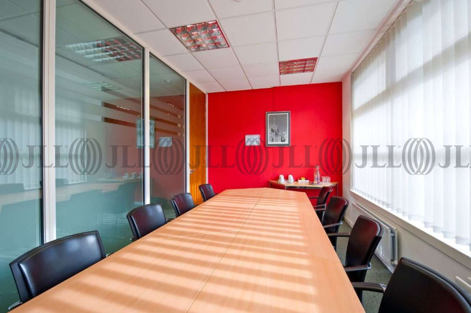 Serviced office Oxford, OX4 2JZ - 7200 The Quorum - 1