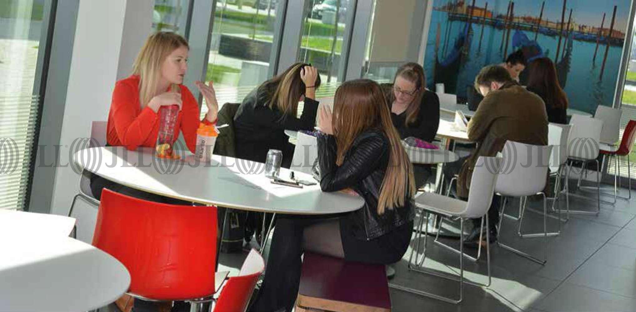Office Trafford park, M17 1FQ - Building Three Think Park - 40040