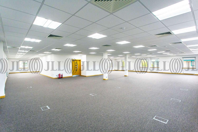 Office Birmingham, B37 7YB - 6180 Knights Court, Birmingham Business Park - 16102017053003
