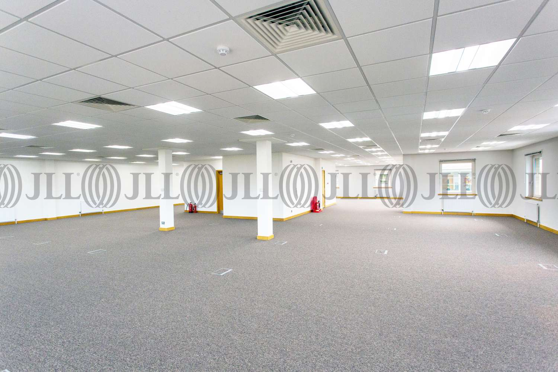 Office Birmingham, B37 7YB - 6180 Knights Court, Birmingham Business Park - 16102017052003