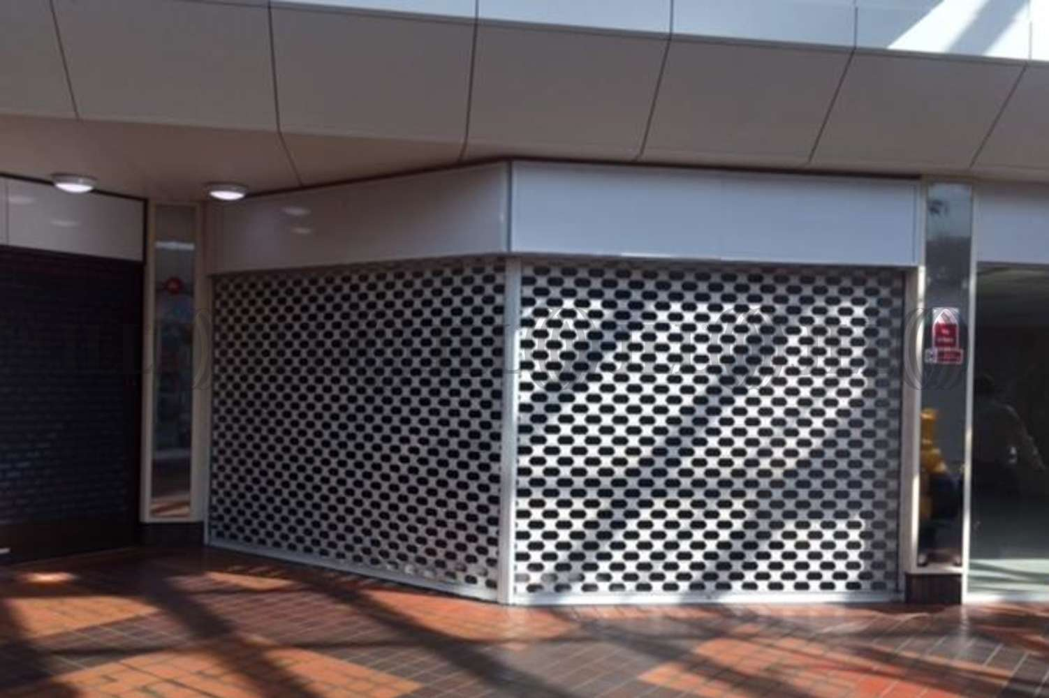 Retail shopping centre Portsmouth, PO1 1SD - Unit T, The Bridge Shopping Centre - 1