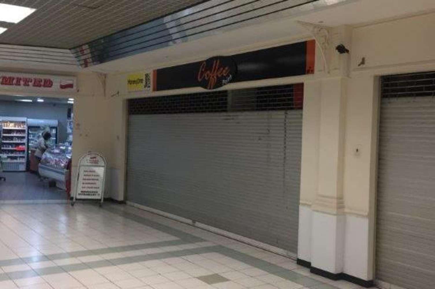 Retail shopping centre London, E5 9AG - Unit 11, 158 Clapton Common - 46667