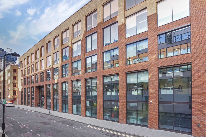 Office London, EC2A 4TP - 99 Clifton Street - 09672
