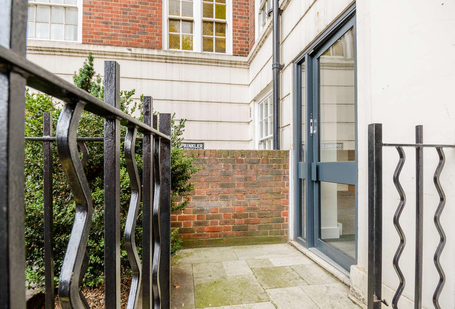 Office London, W2 2QZ - 2 Park West Place - 05