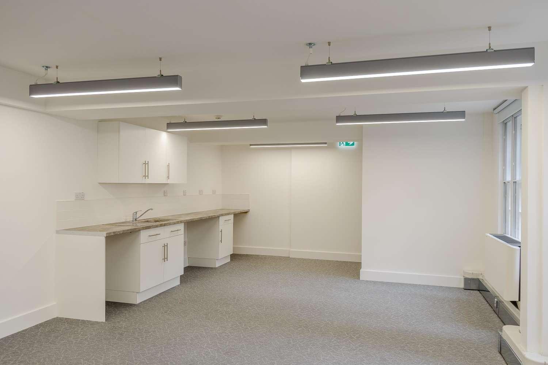 Office London, W2 2QZ - 2 Park West Place - 17