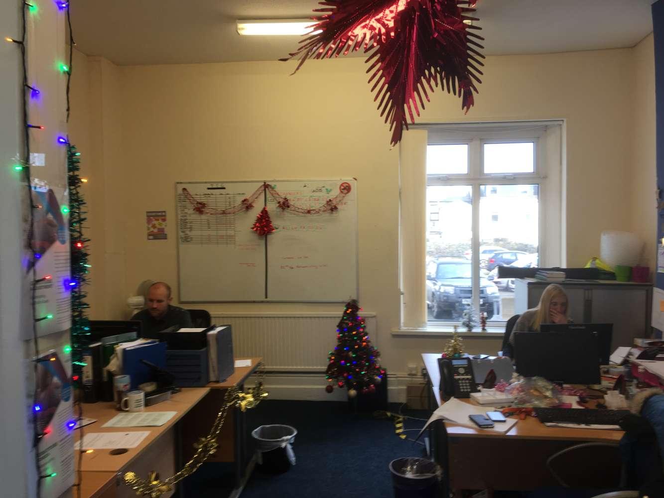Office Cardiff, CF24 3AS - 30, Richmond Road - 0417