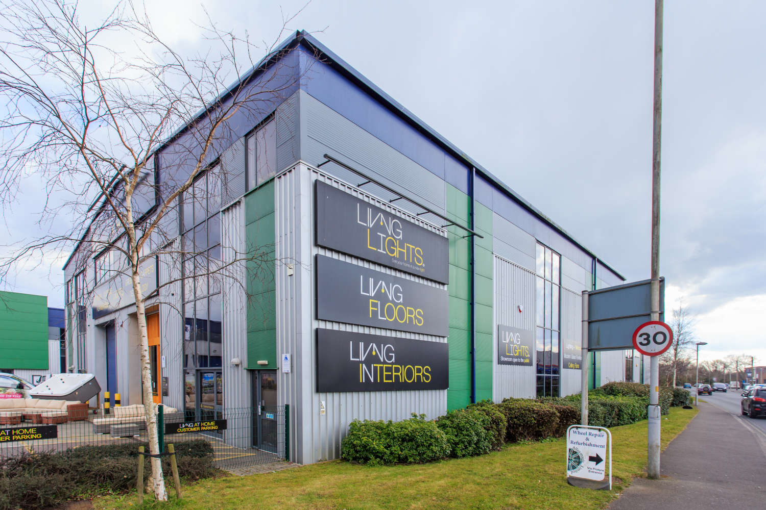 Industrial and logistics Poole, BH17 7AE - Unit 5, Broadstone Trade Centre - 80187