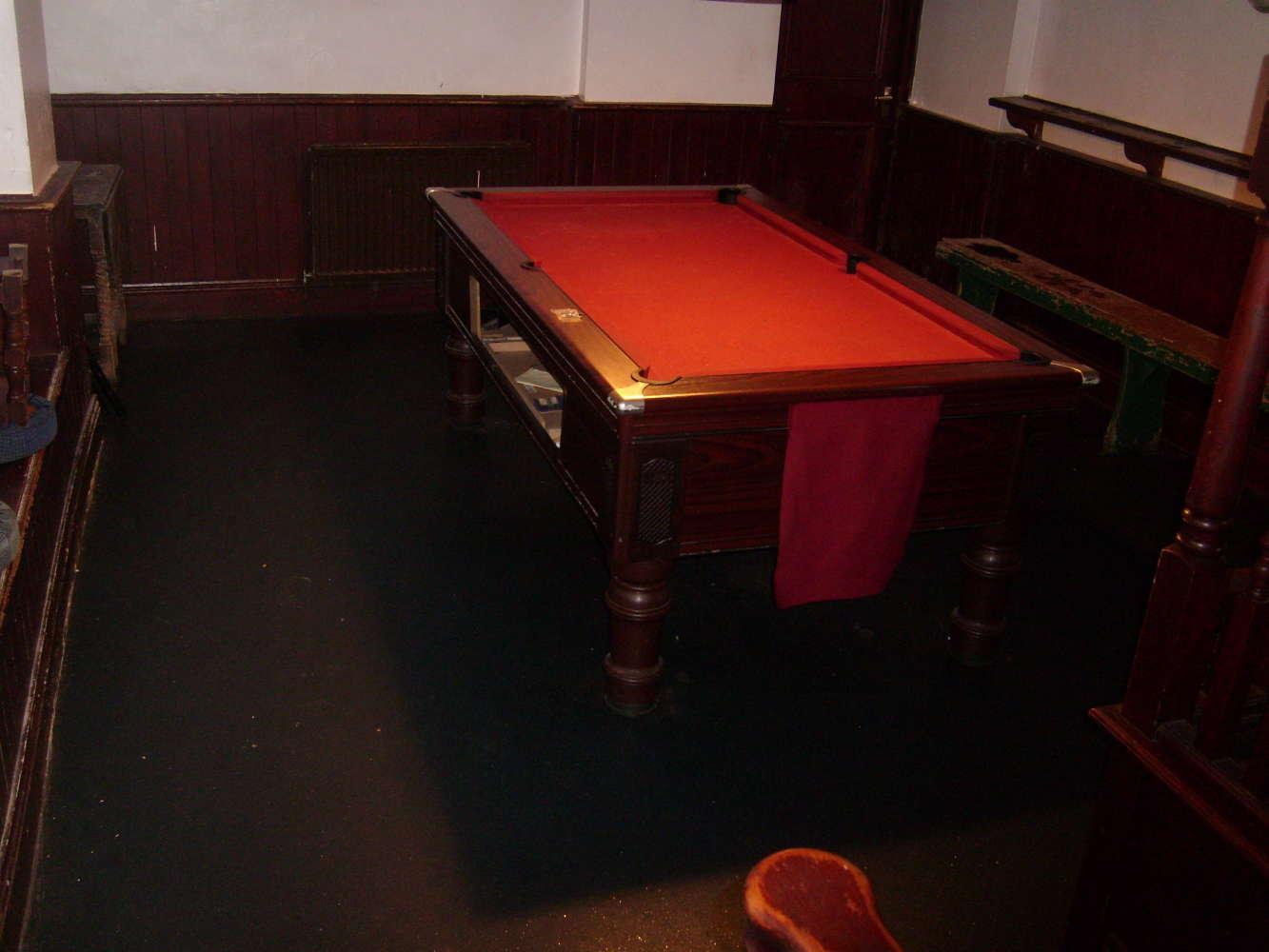 Pub Totnes, TQ9 5SN - The Bull Inn - 273839