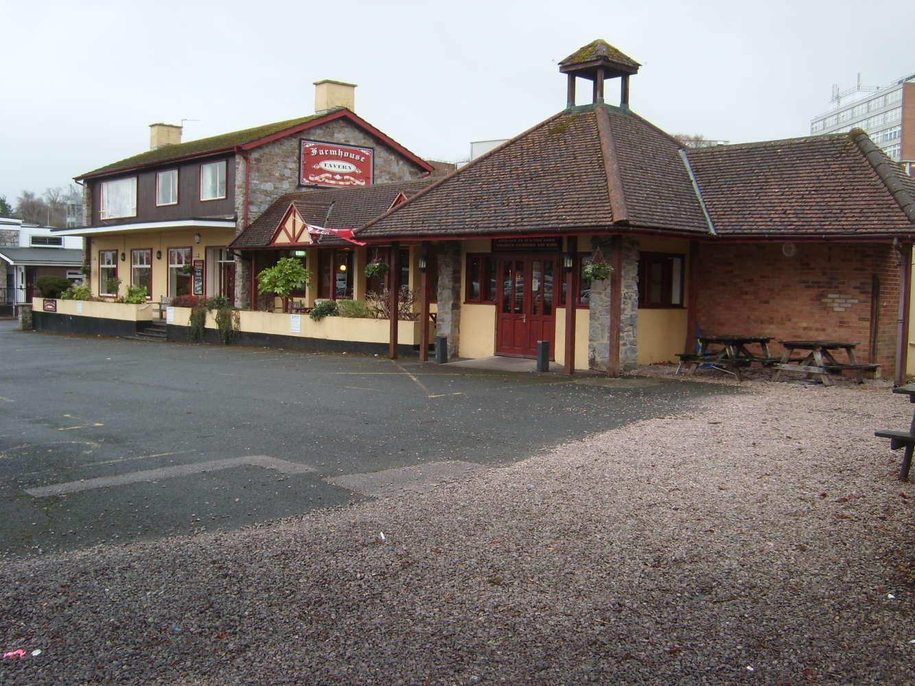 Pub Torquay, TQ2 7AD - The Farmhouse Tavern - 273878