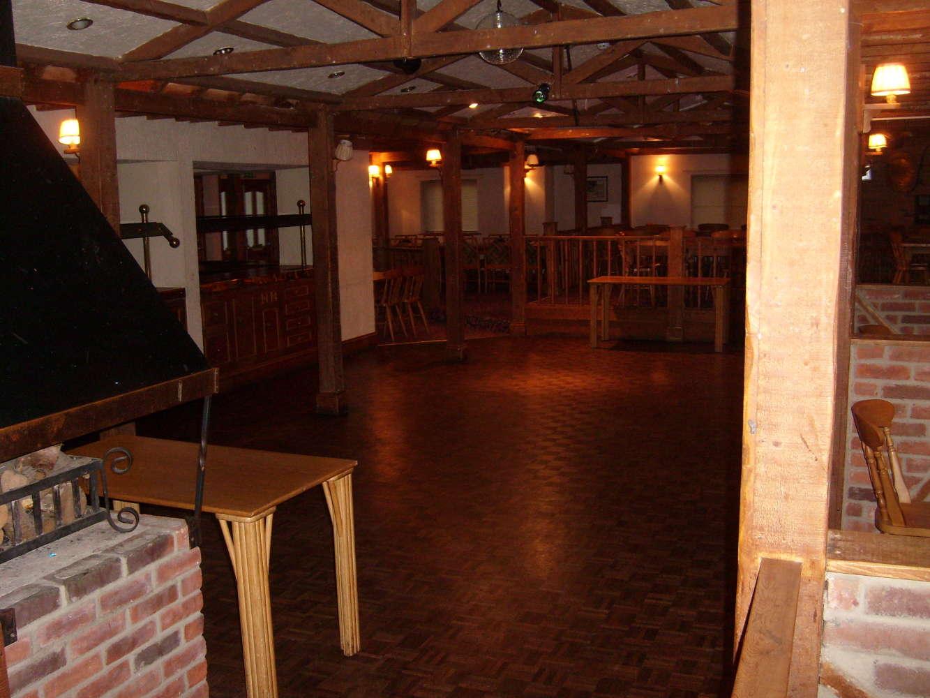 Pub Torquay, TQ2 7AD - The Farmhouse Tavern - 273868
