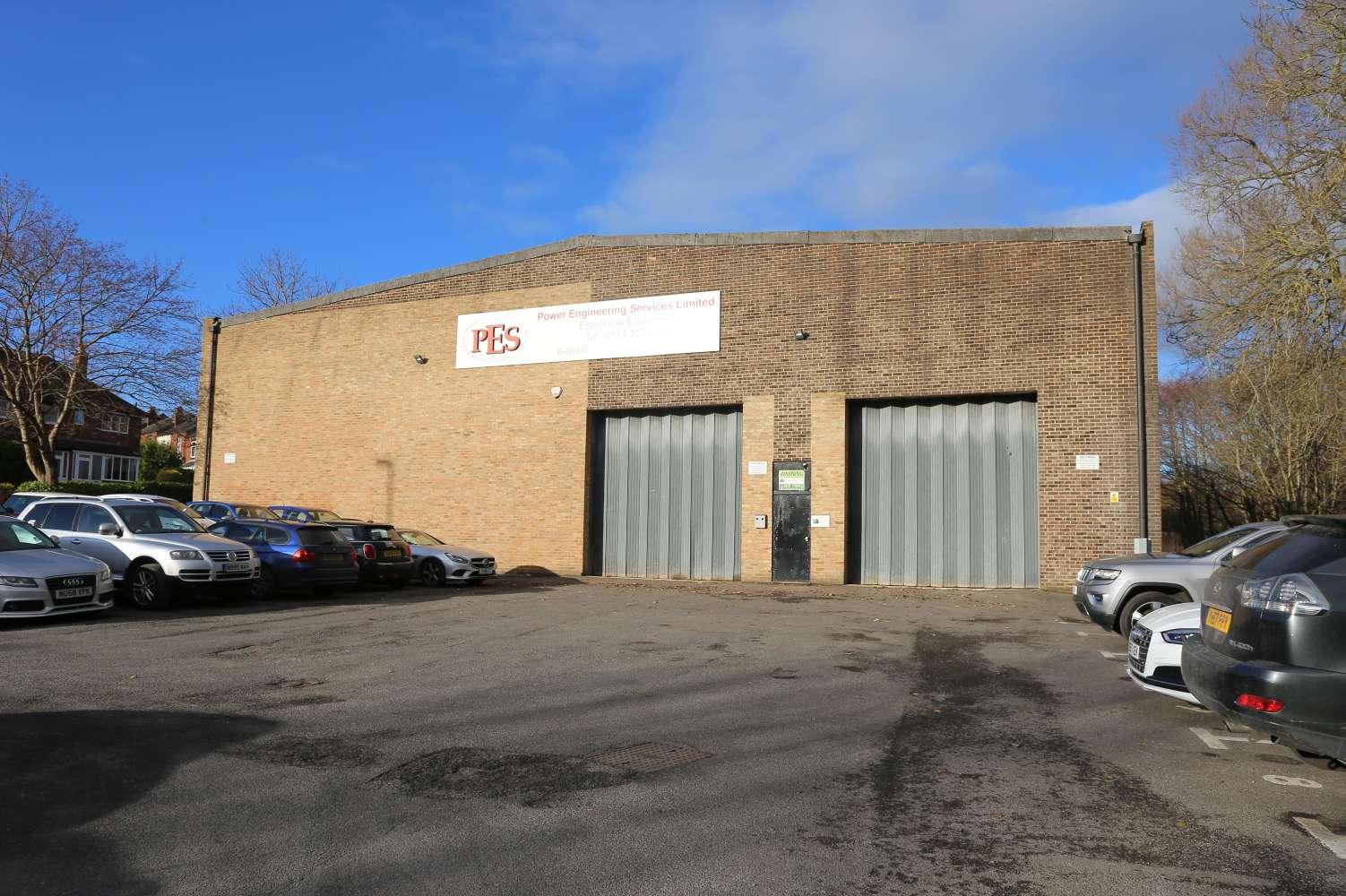 Office Leeds, LS18 5NY - Woodside Trading Estate - 2361