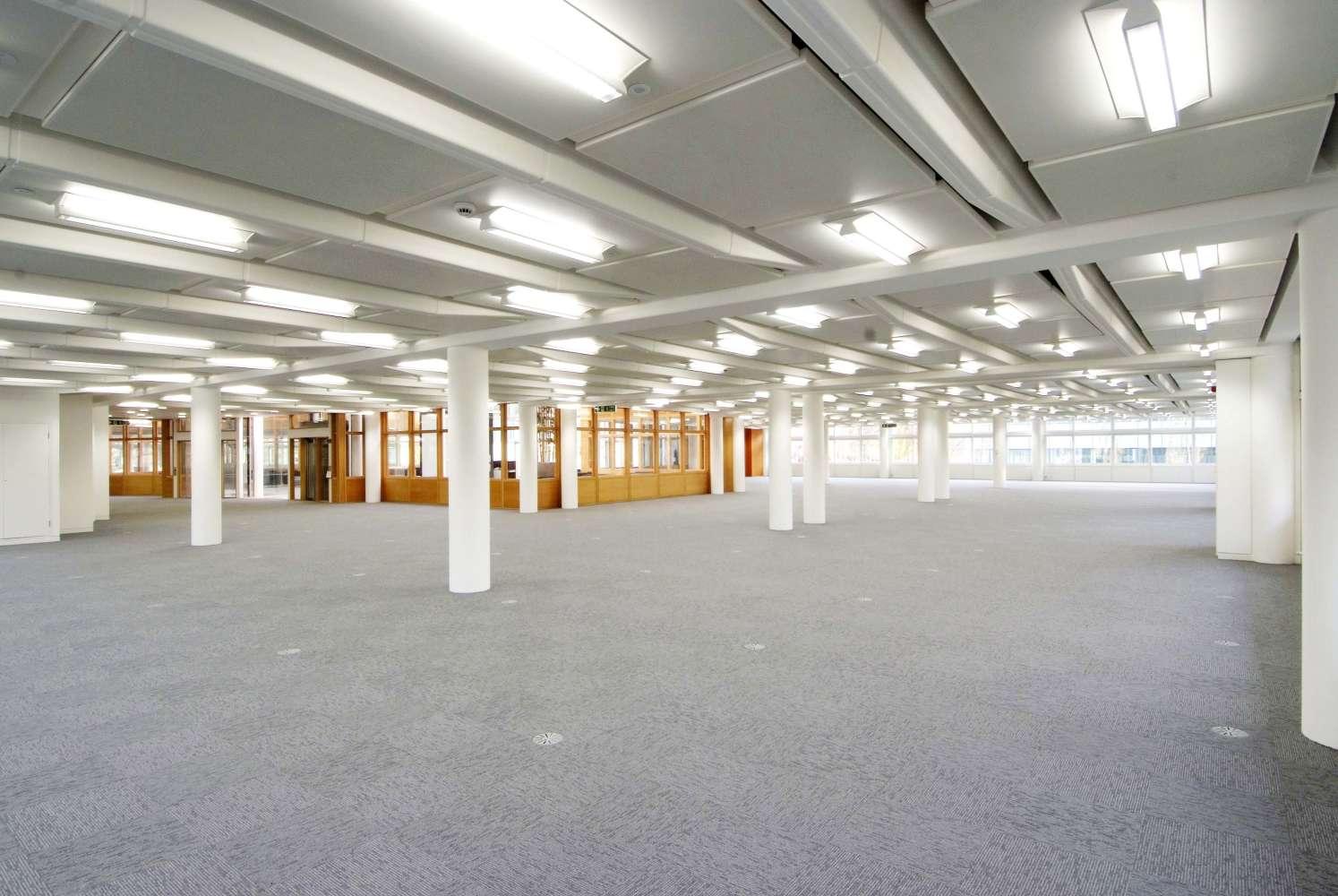 Office Leeds, LS11 5BD - ONE LEEDS CITY OFFICE PARK - 069