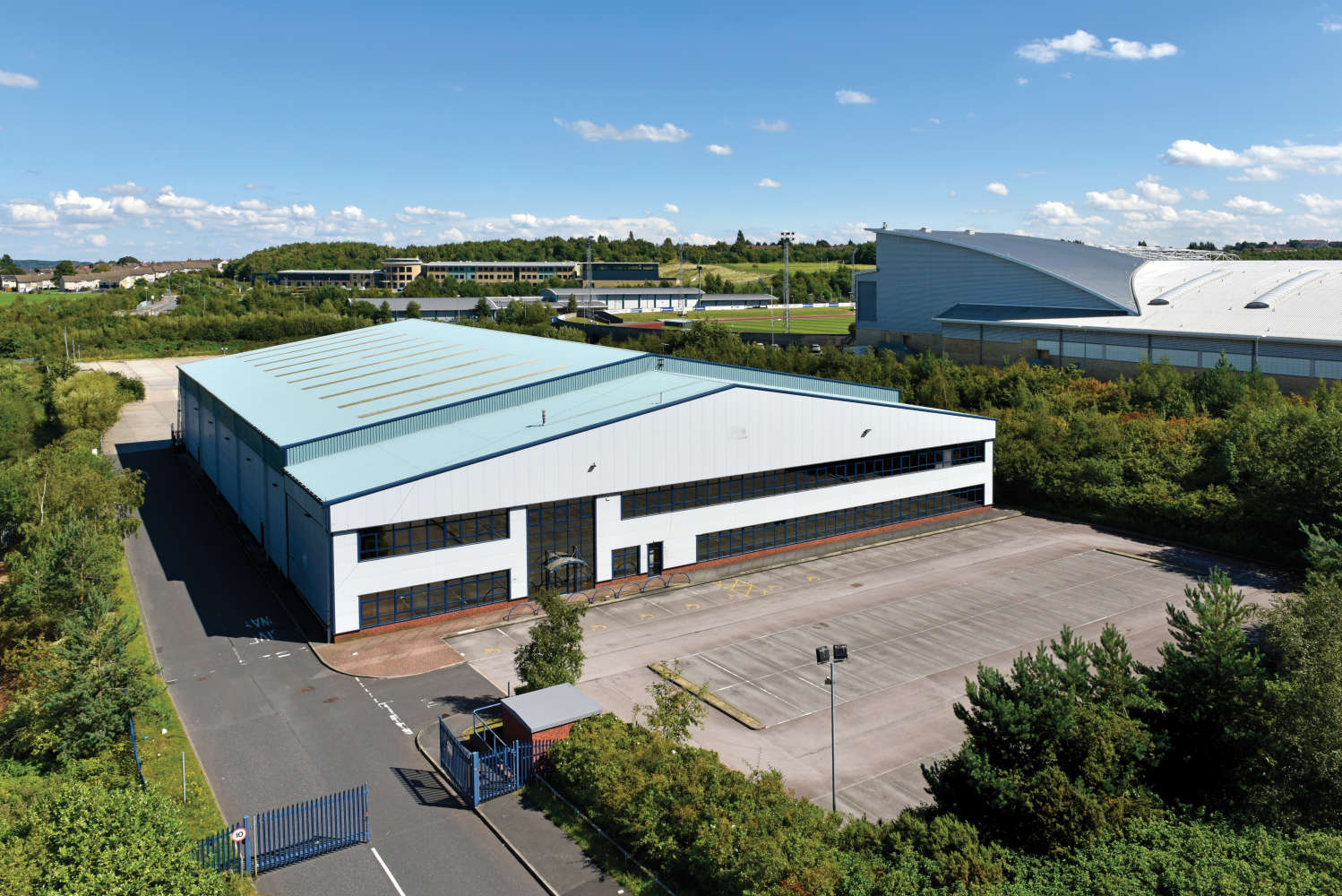 Industrial and logistics Leeds, LS11 5LP - 4 Middleton Grove - 002