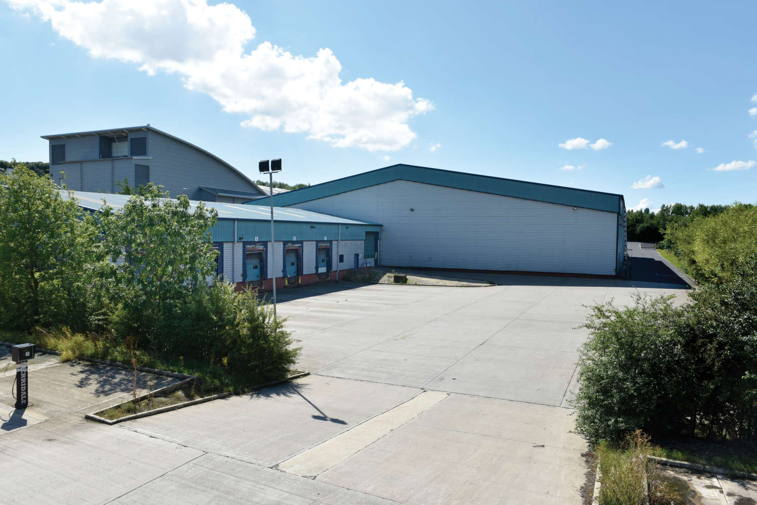 Industrial and logistics Leeds, LS11 5LP - 4 Middleton Grove - 023