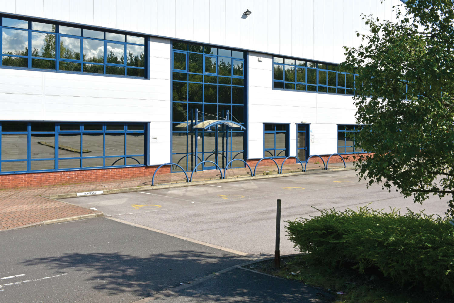 Industrial and logistics Leeds, LS11 5LP - 4 Middleton Grove - 014