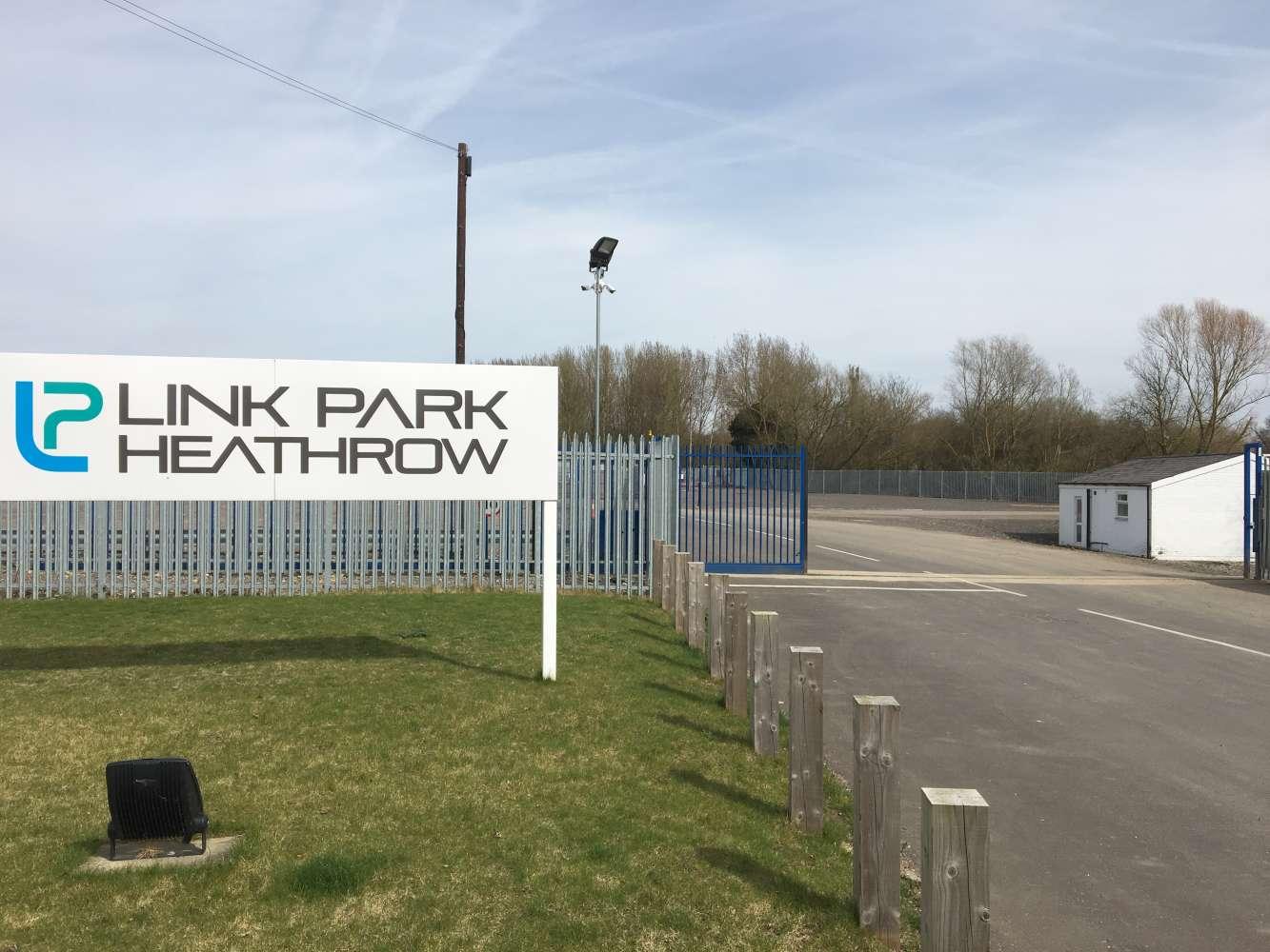 Land Heathrow, UB7 7EZ - Plot 4 Link Park - 64479