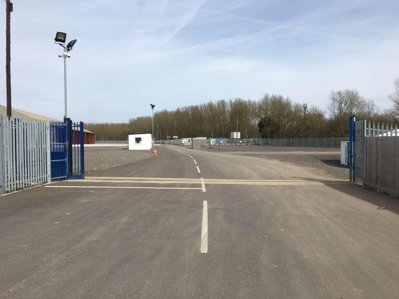 Land Heathrow, UB7 7EZ - Plot 4 Link Park - 64480