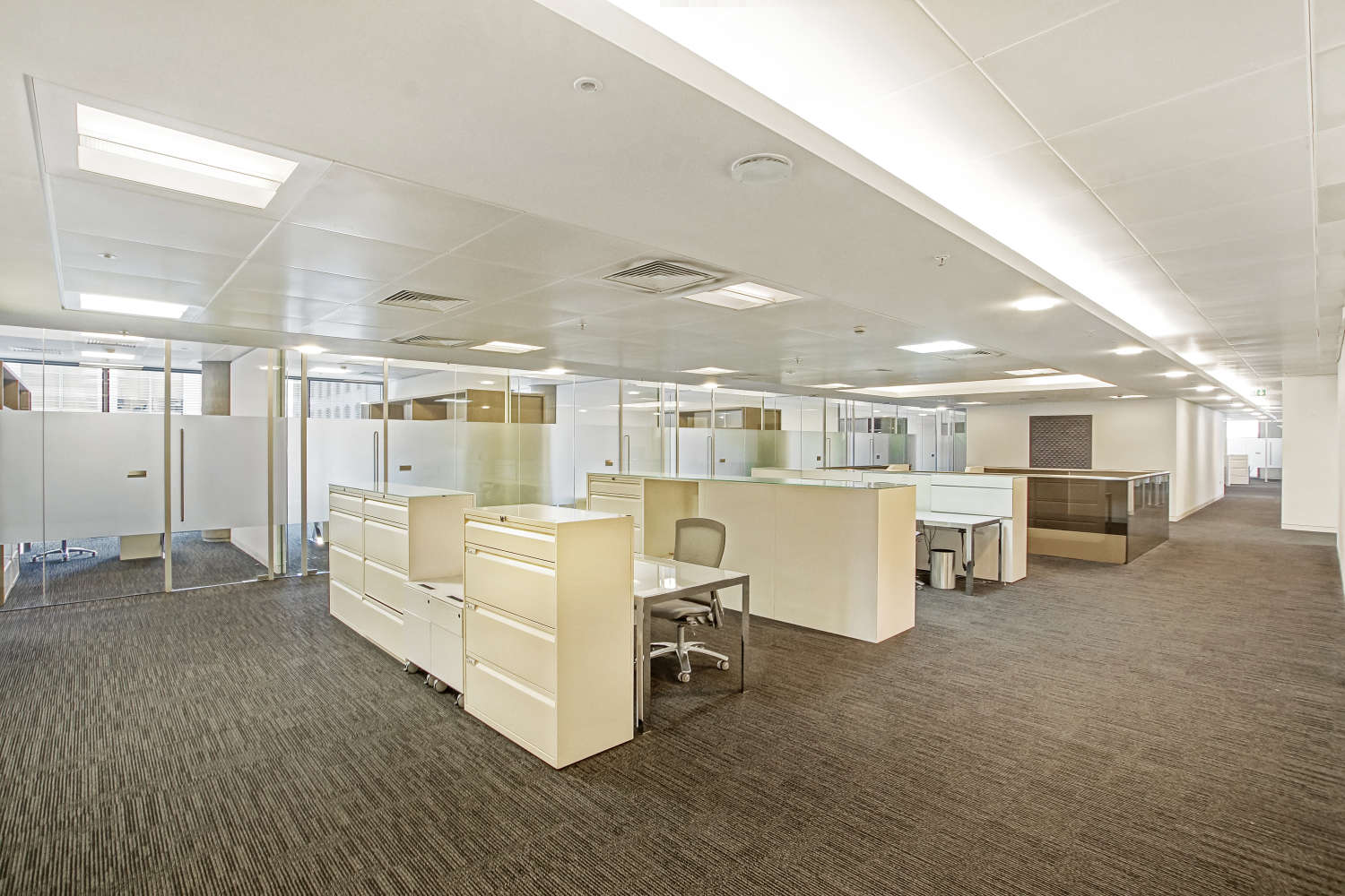 Offices London, EC2V 7QQ - 88 Wood Street - 01519