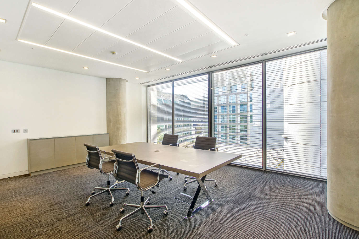 Offices London, EC2V 7QQ - 88 Wood Street - 01559