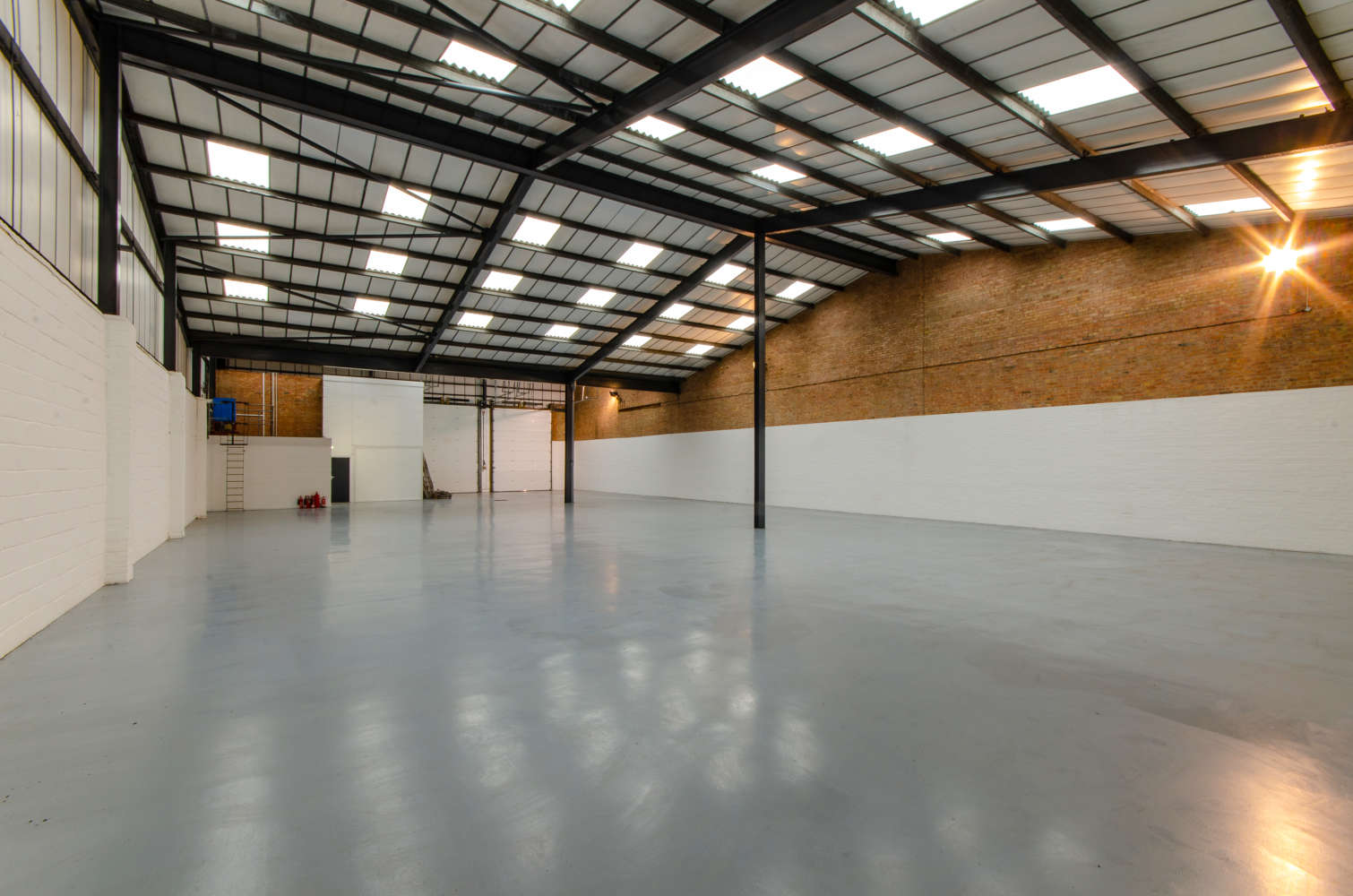 Industrial and logistics Eastleigh, SO50 6RS - Unit C6 Deacon Trading Estate  - 4