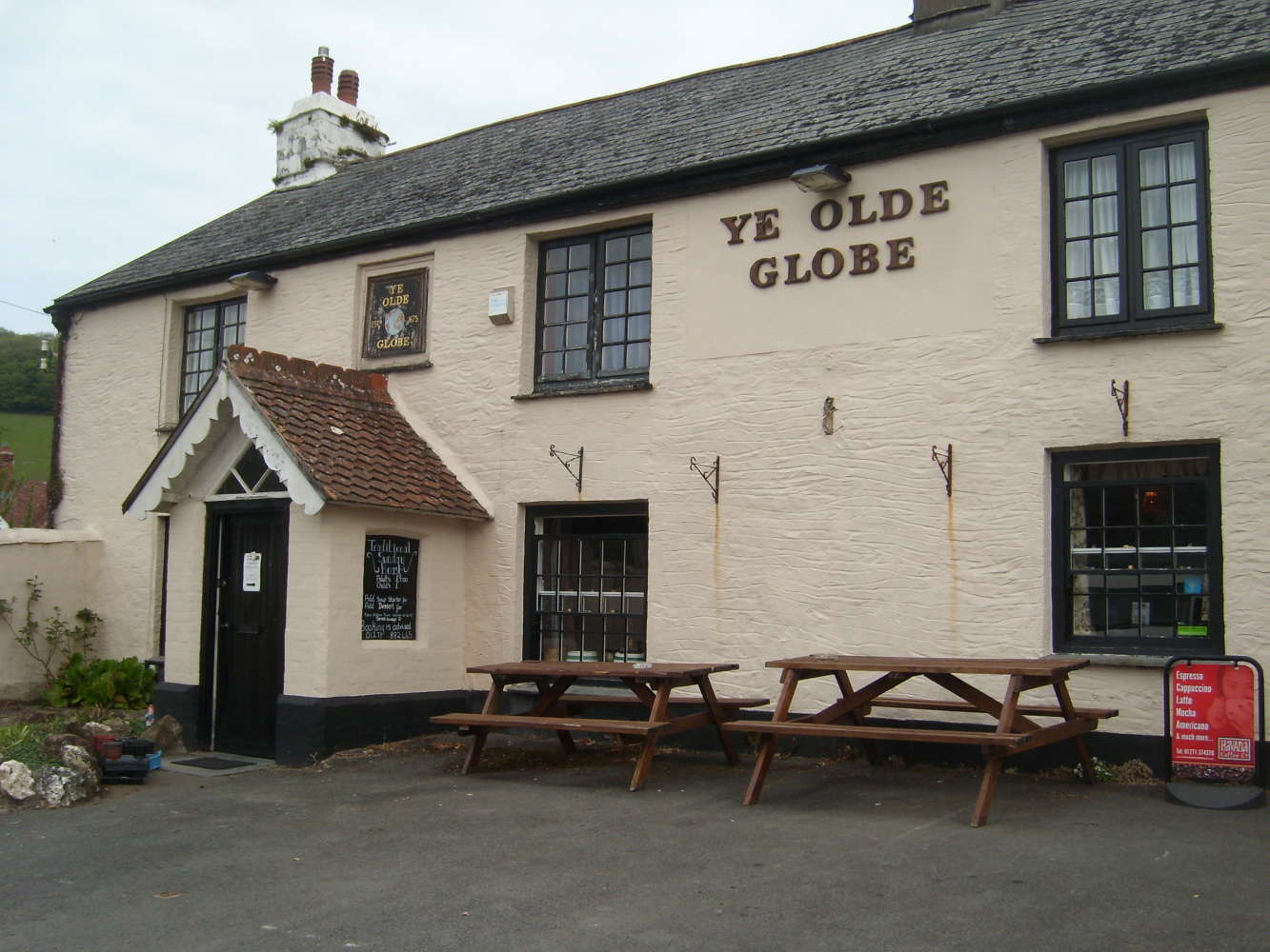 Pub Ilfracombe, EX34 9SG - Ye Olde Globe - 274091