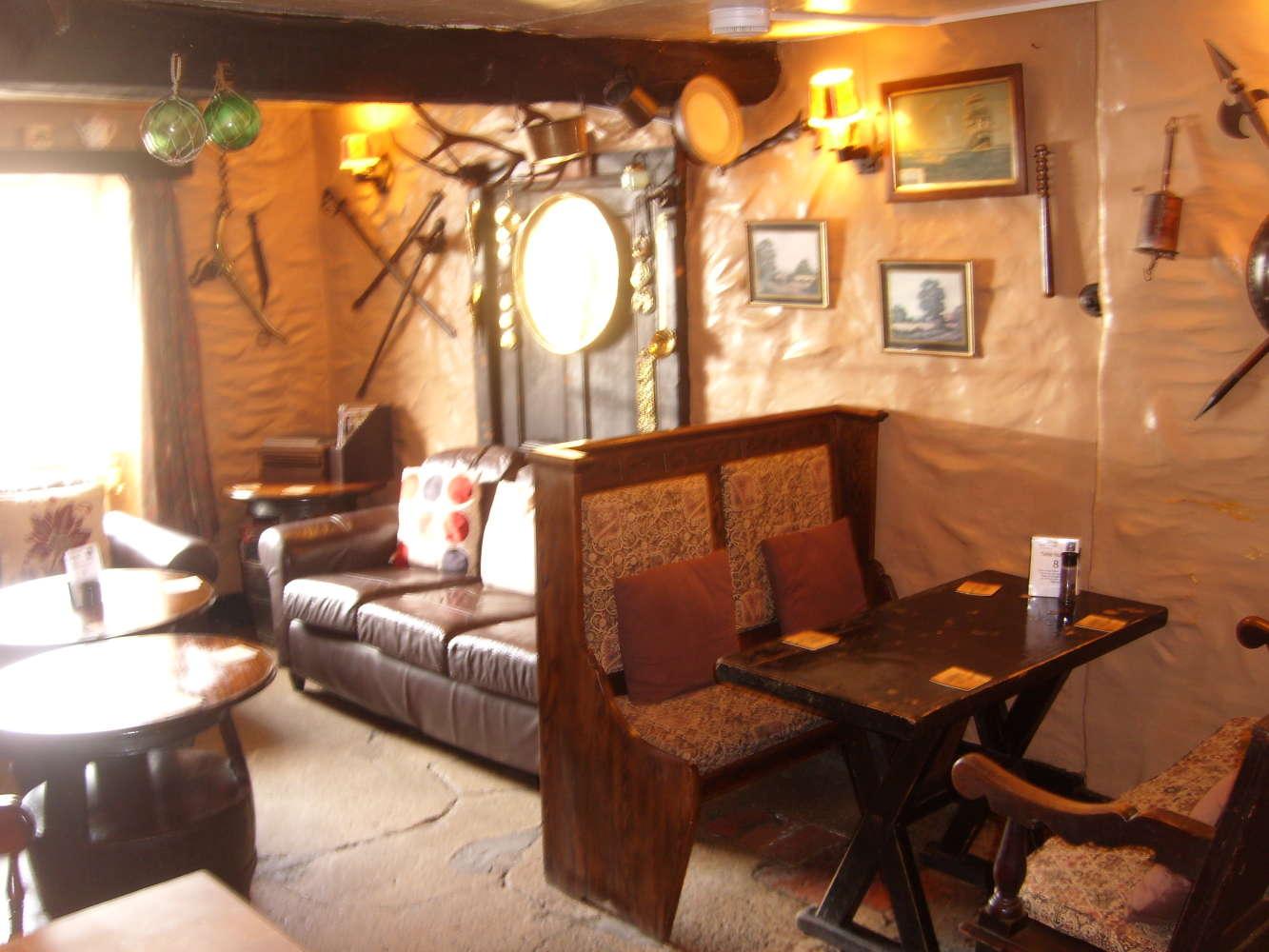 Pub Ilfracombe, EX34 9SG - Ye Olde Globe - 274072