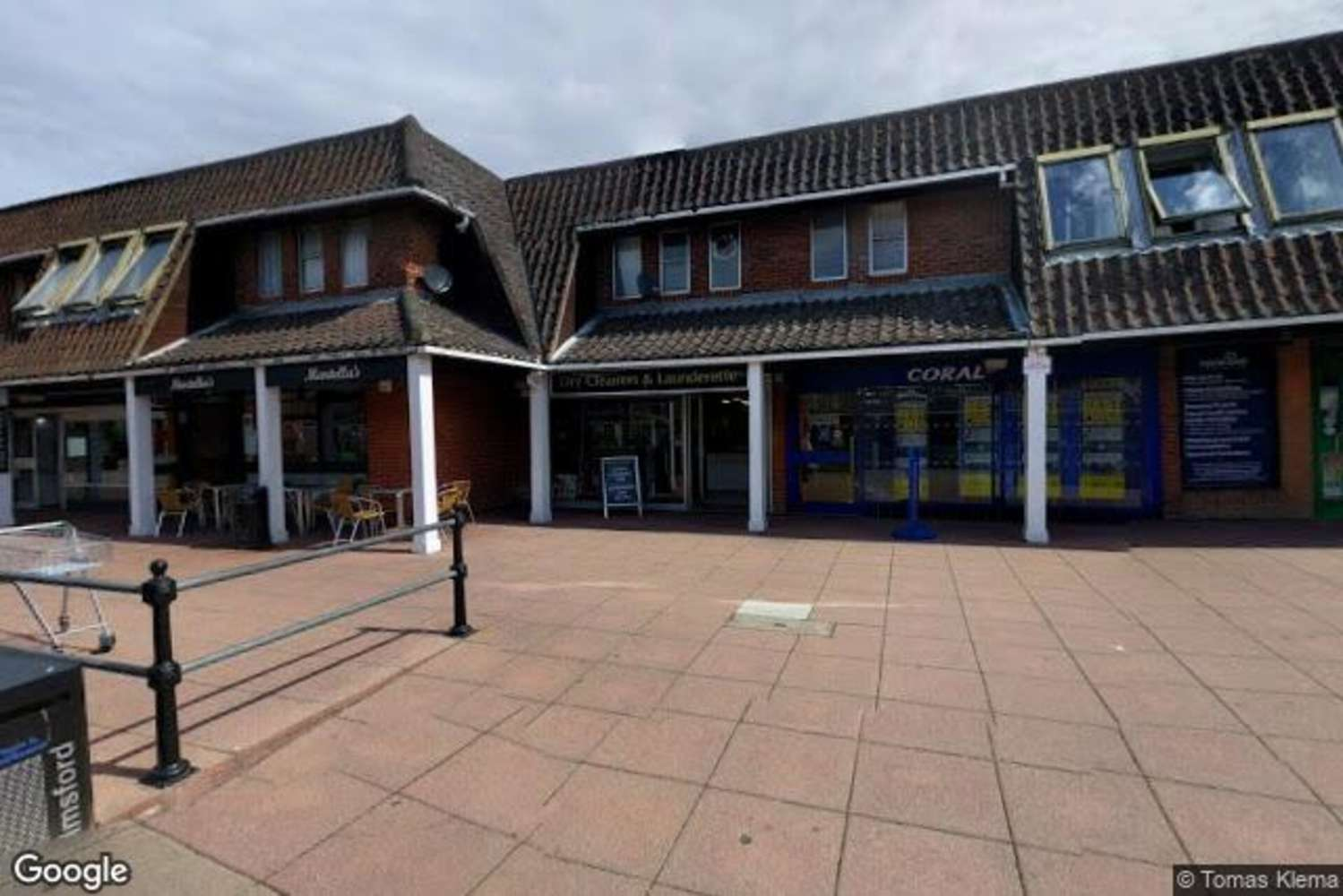 Retail out of town Chelmsford, CM2 6RF - Unit 4 Village Square - 68215