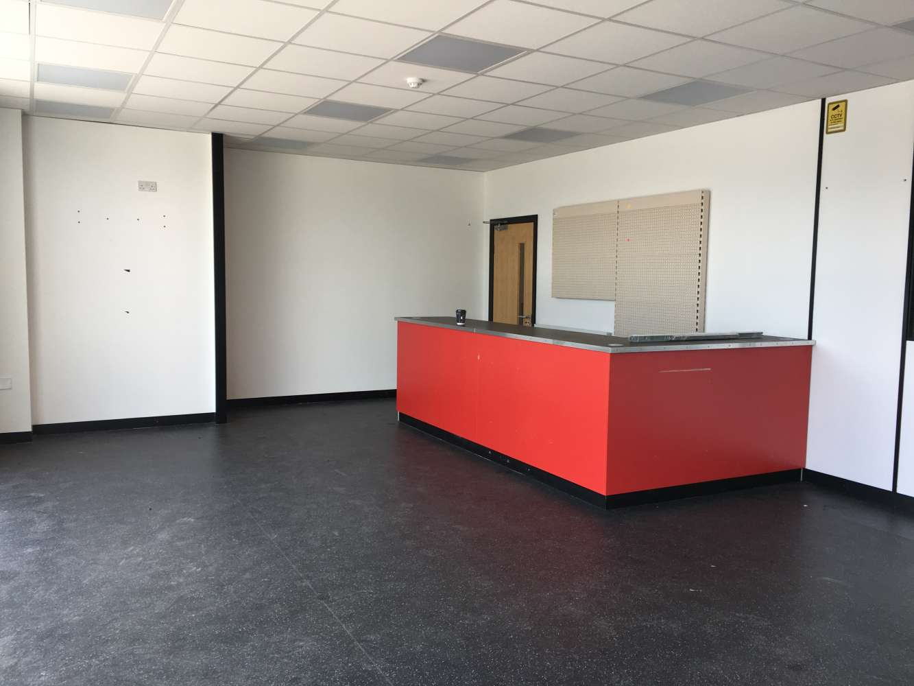Industrial and logistics Cardiff, CF24 5EP - Unit 1A Trident Trade Park - 1207