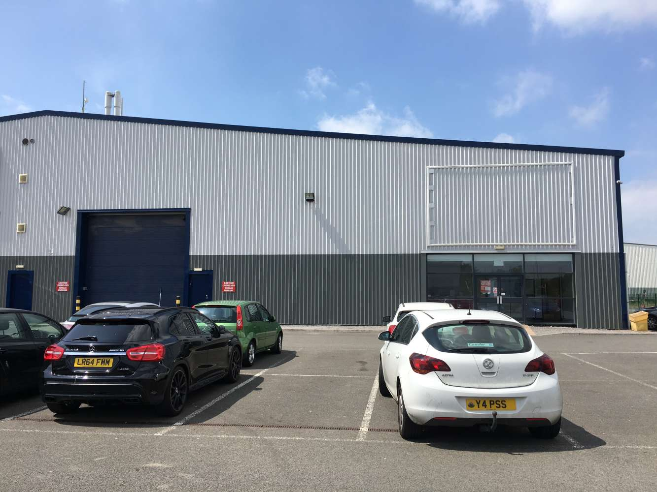 Industrial and logistics Cardiff, CF24 5EP - Unit 1A Trident Trade Park - 1216