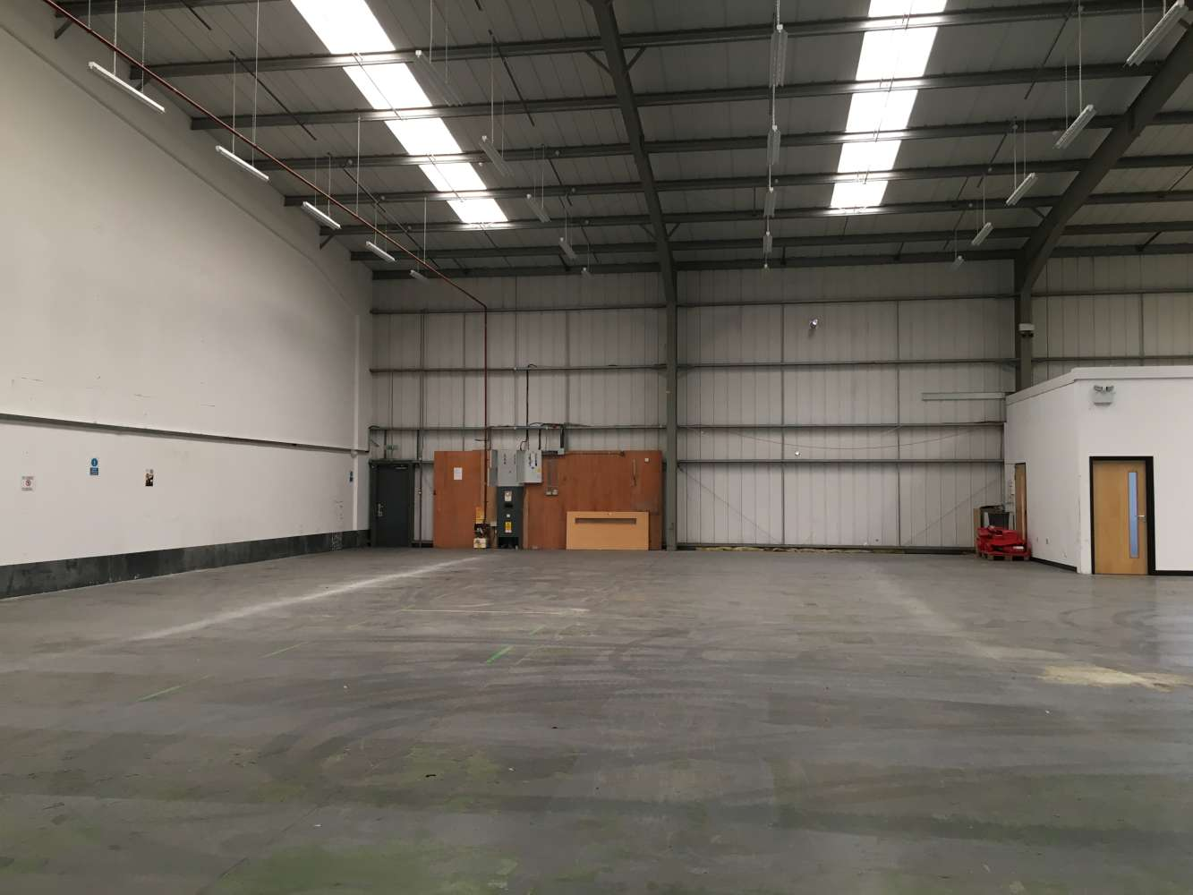 Industrial and logistics Cardiff, CF24 5EP - Unit 1A Trident Trade Park - 1212