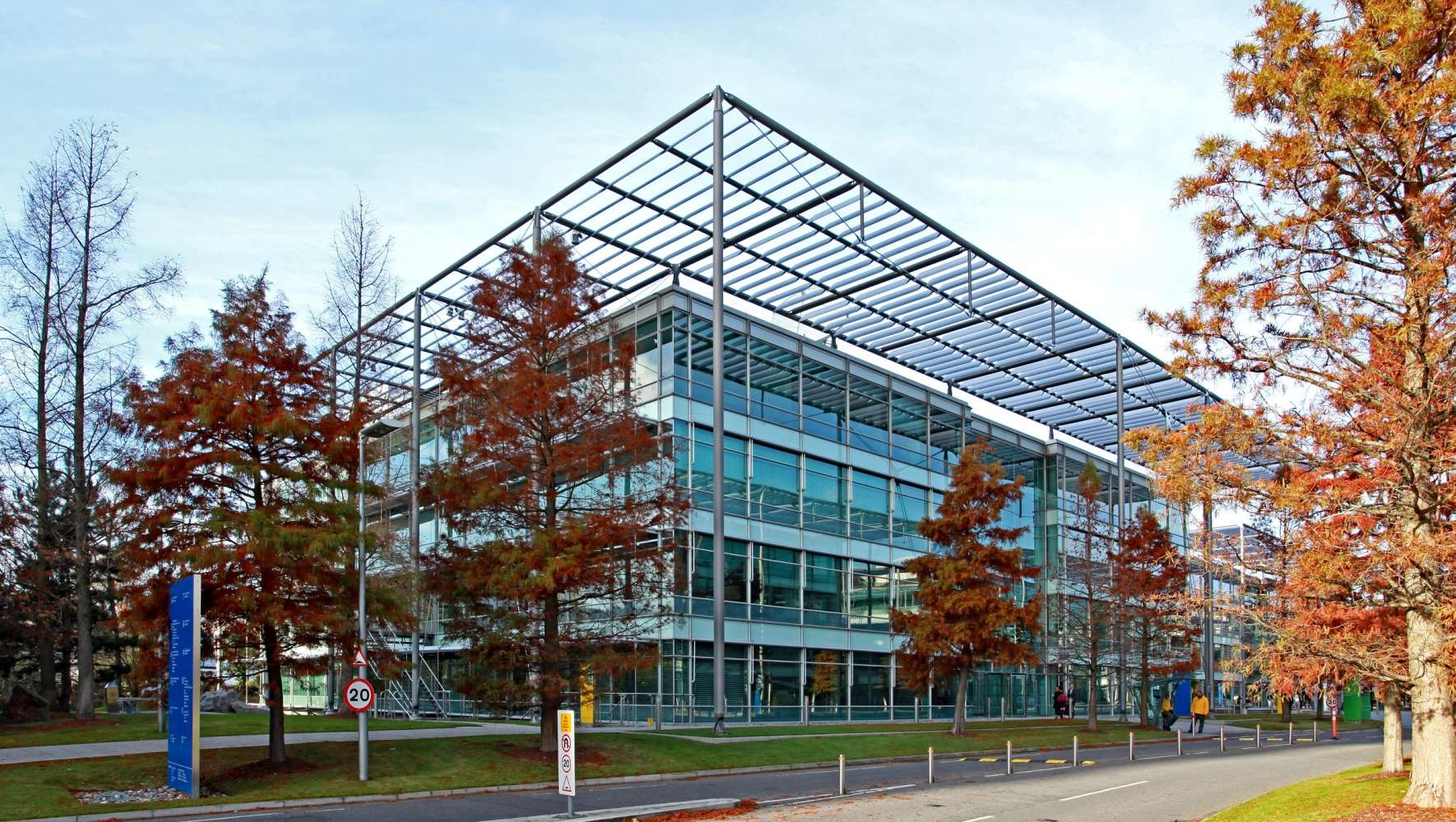 Office London, W4 5YA - Building 1 Chiswick Park - 3