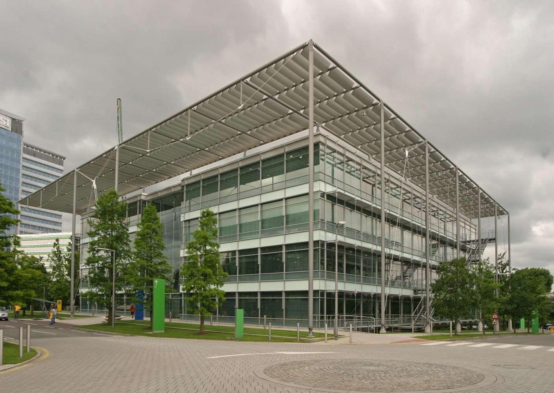 Office London, W4 5YA - Building 1 Chiswick Park - 1
