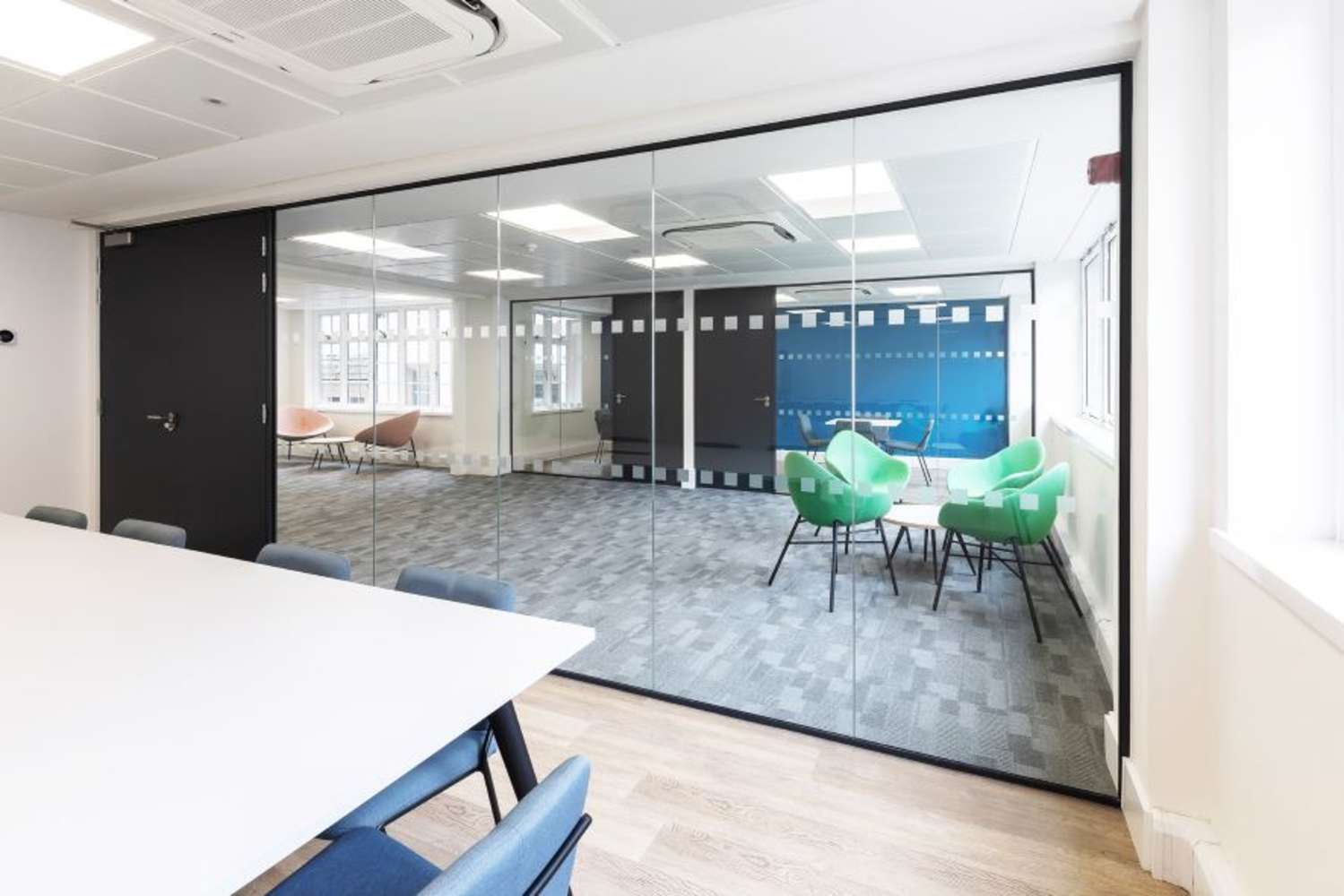 Office London, EC2V 5BR - 15-16 Basinghall Street - 86408