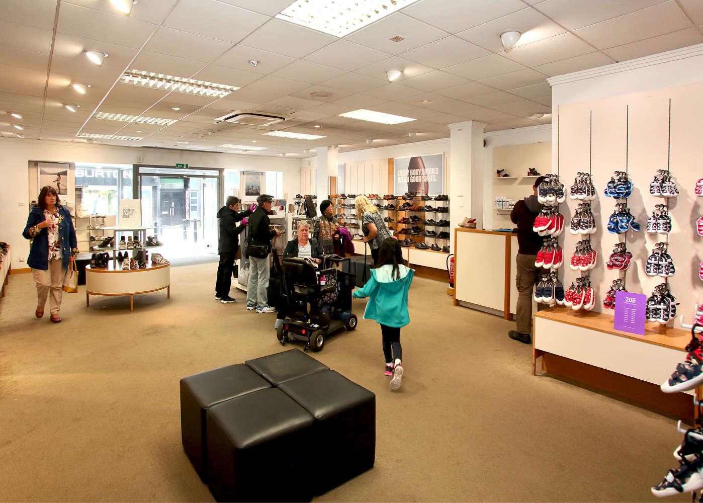 Retail high street Inverness, IV1 1JE - 40-42, High Street - 0061