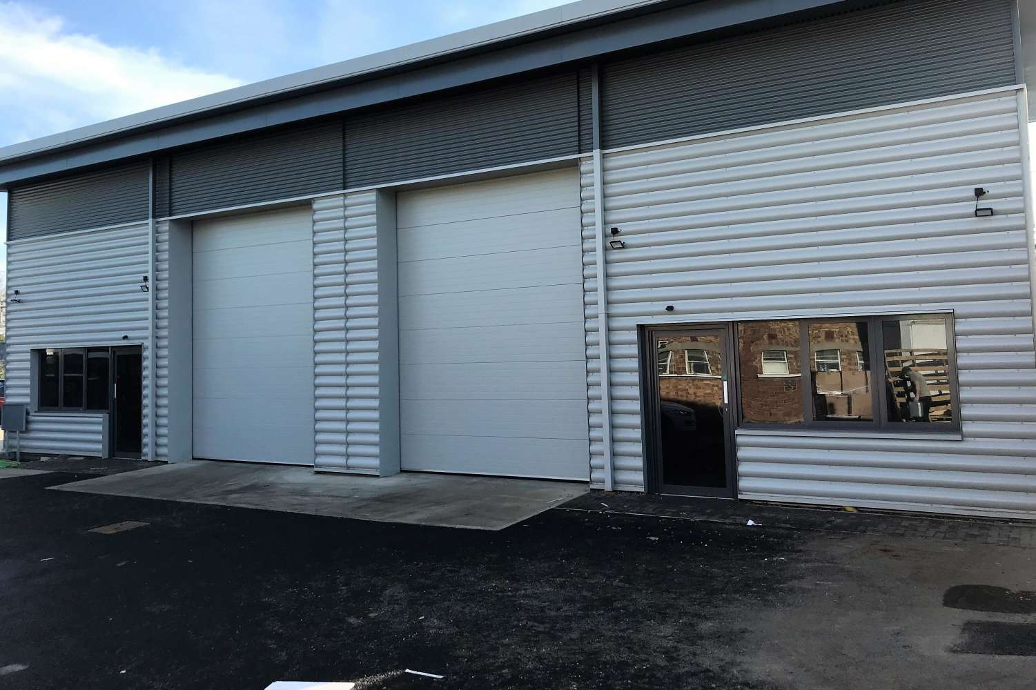 Industrial Maidenhead, SL6 0ND - Units 7&8, Marshgate Trading Estate - 0918