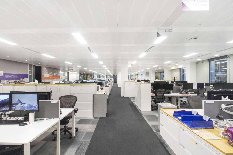 Office London, EC2Y 5AS - 125 London Wall - 08168