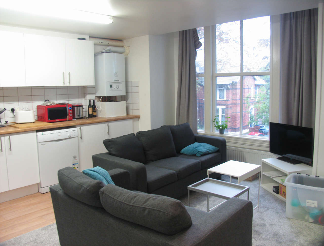 Residential use Manchester, M14 6UB - 17, Clifton Avenue - 3649