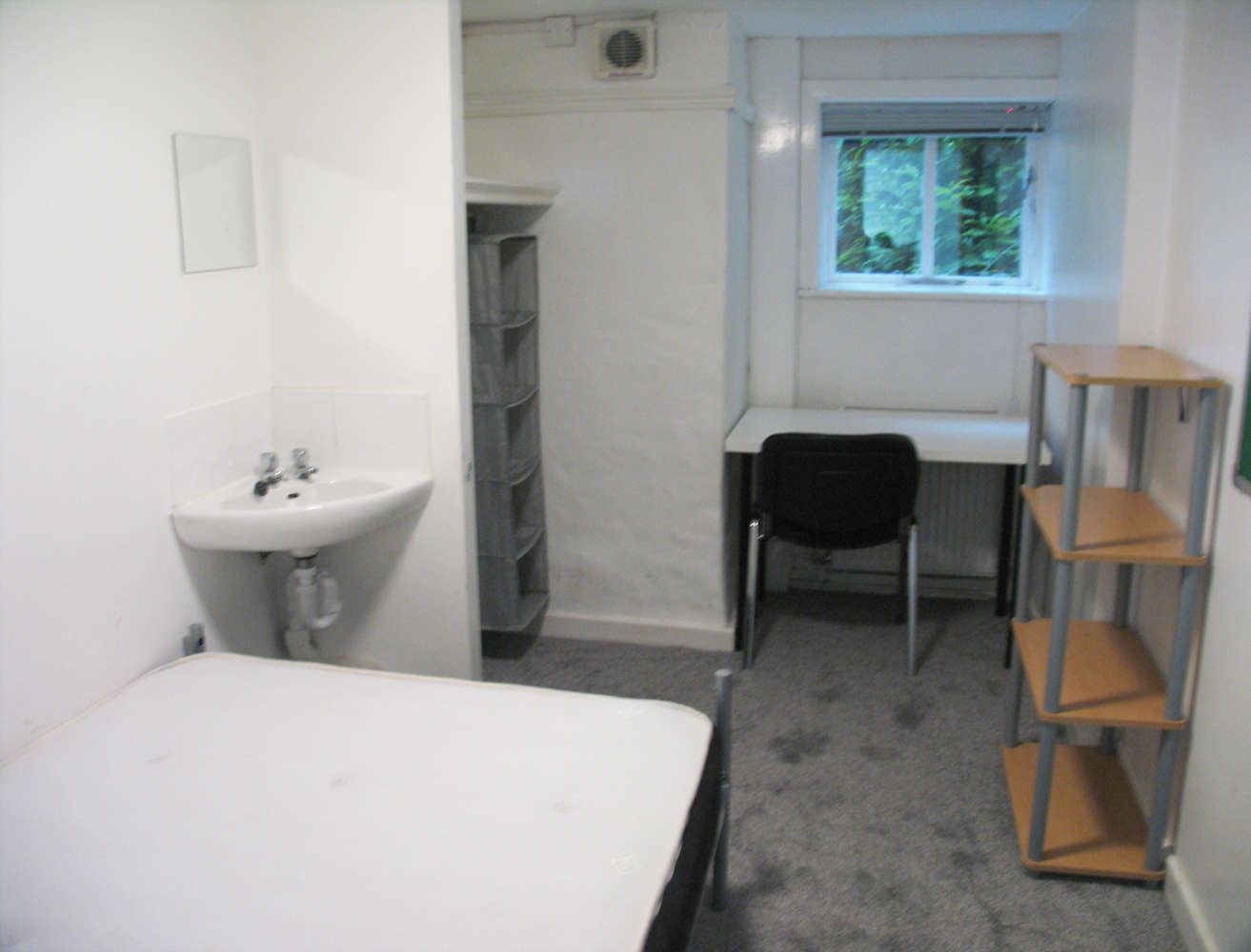 Residential use Manchester, M14 6UB - 17, Clifton Avenue - 3680