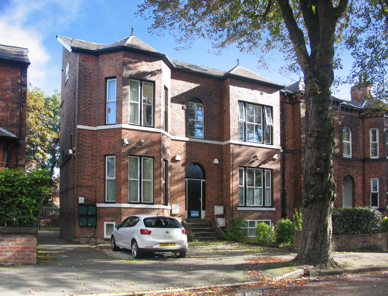 Residential use Manchester, M14 6UB - 17, Clifton Avenue - 3692