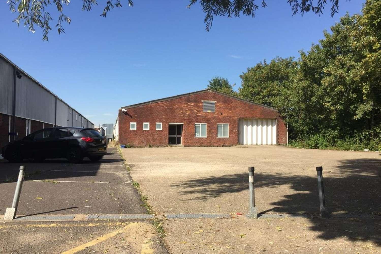 Industrial Ashford, surrey, TW15 1AU - Unit 16 Ashford Industrial Estate - 16