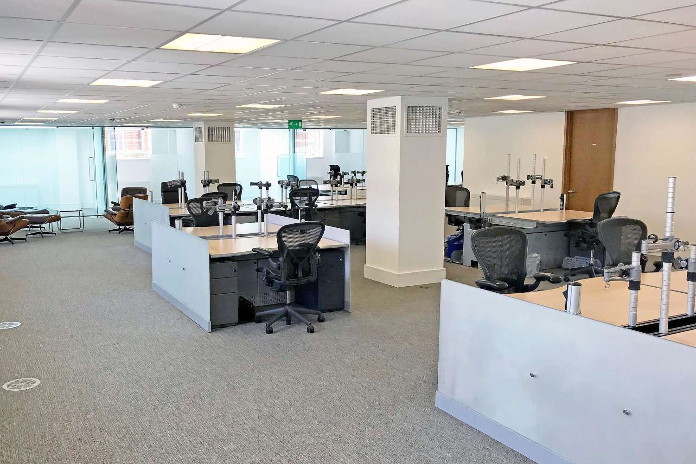 Office London, SW1X 9DQ - 4 Sloane Terrace - 2