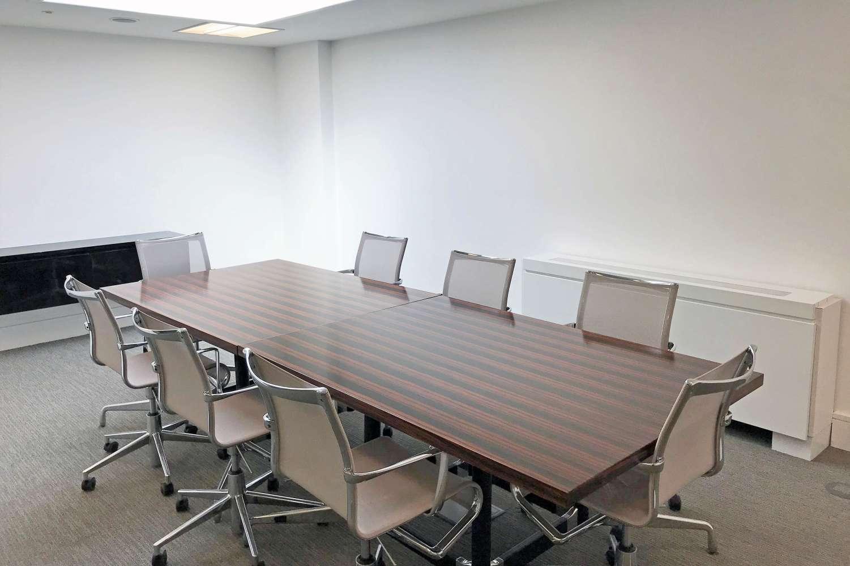 Office London, SW1X 9DQ - 4 Sloane Terrace - 6