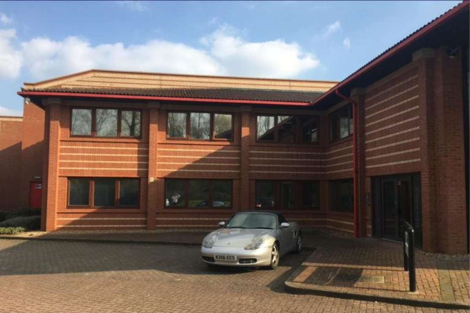 Industrial Milton keynes, MK8 0AB - Unit 4, Crownhill Business Centre - 1