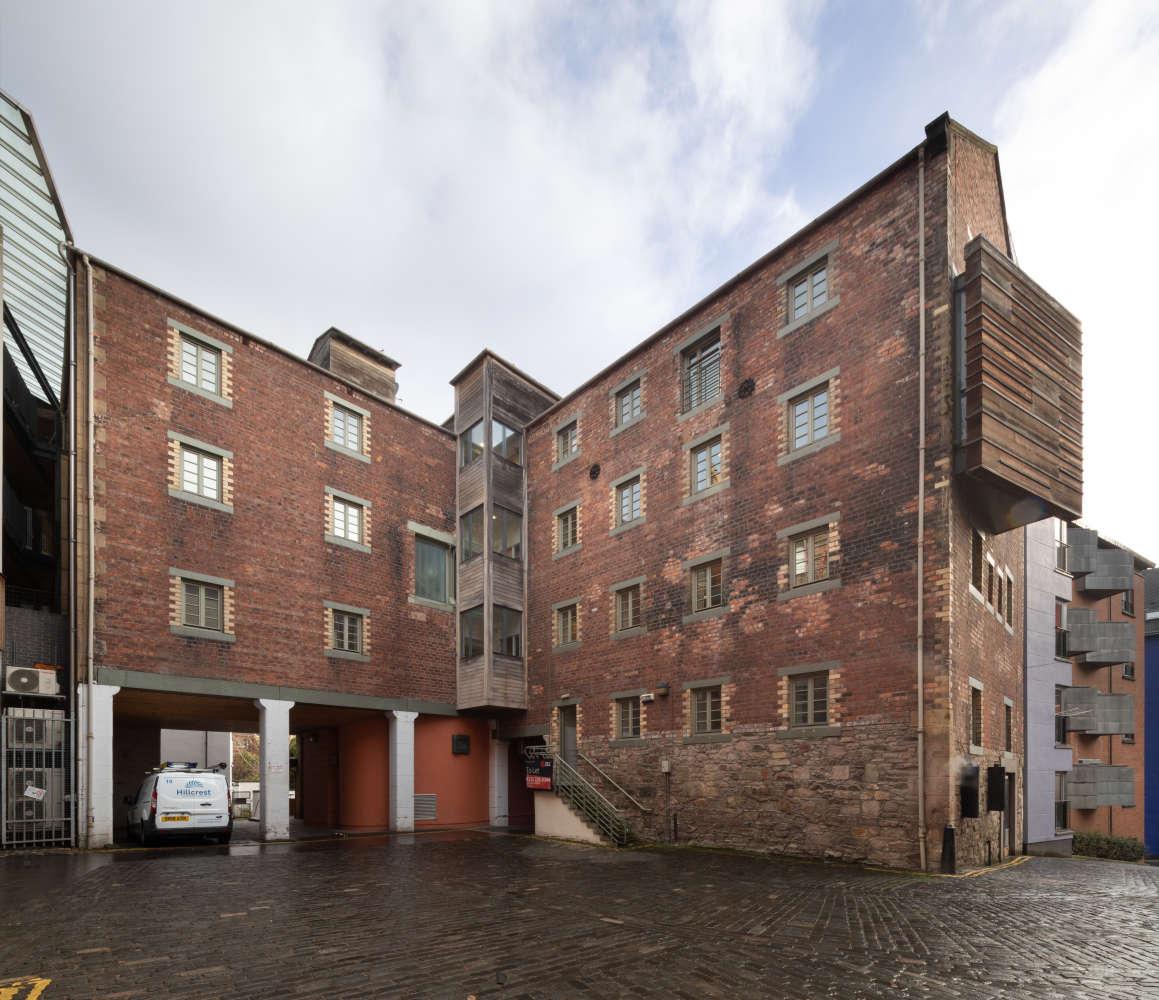 Offices Edinburgh, EH8 8DT - Crichton House - 010