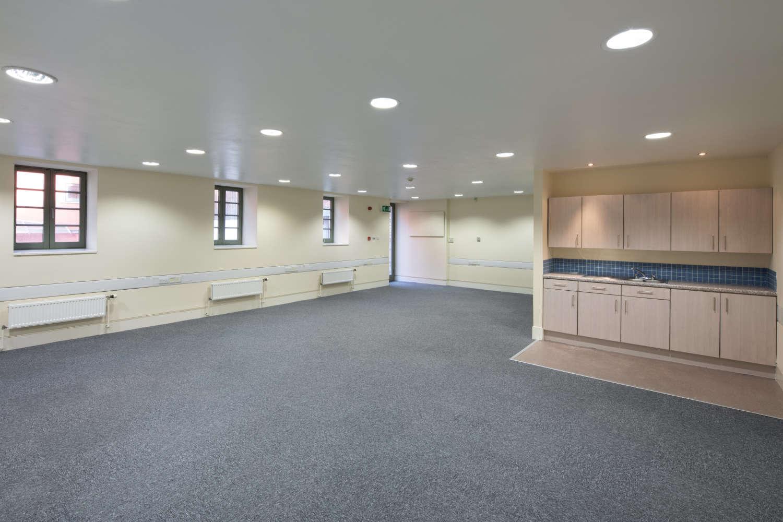 Offices Edinburgh, EH8 8DT - Crichton House - 021