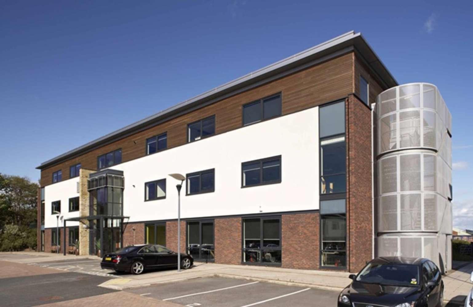 Office Leeds, LS19 7ZA - 7 Airport West - 80634