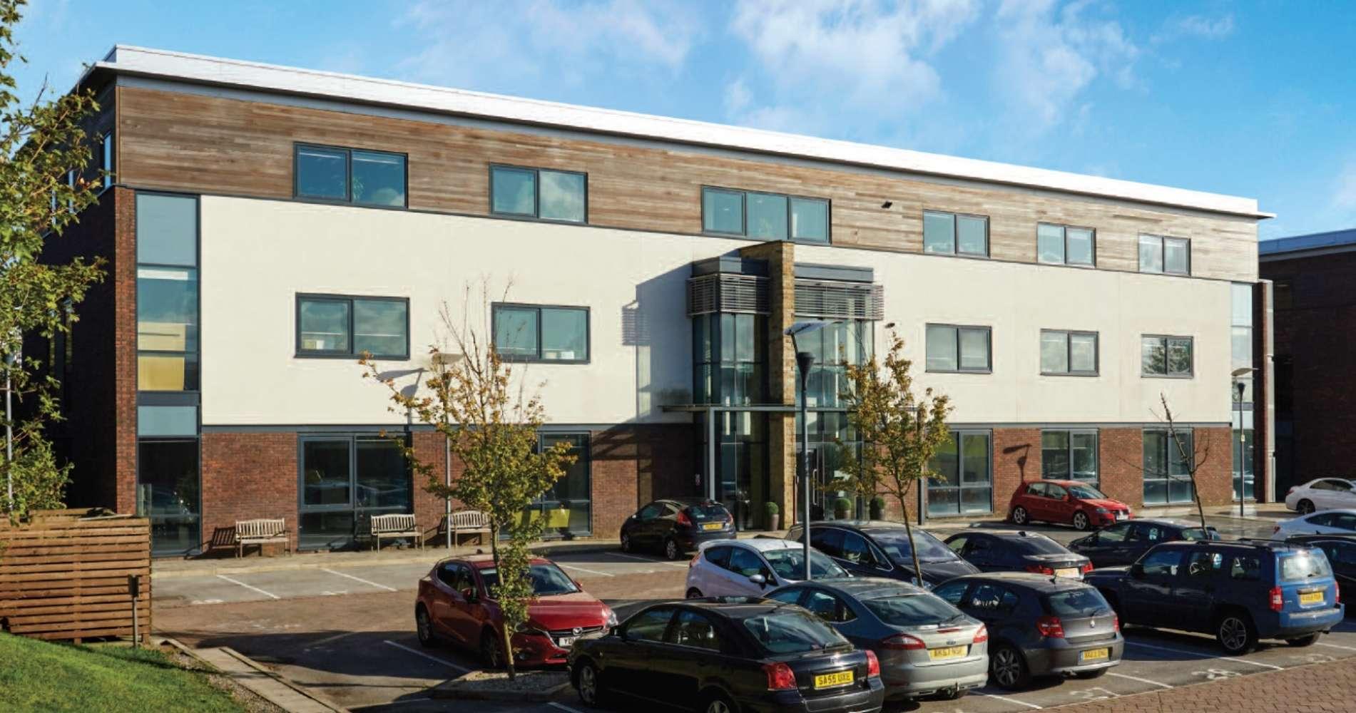 Office Leeds, LS19 7ZA - 7 Airport West - 80638