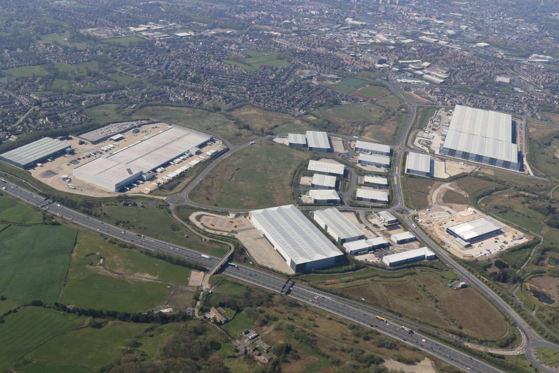 Industrial Rochdale, OL16 4NG - Kingsway Business Park - 4650